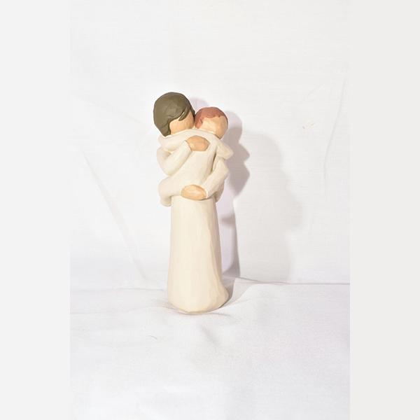 مجسمه آغوش کد 4